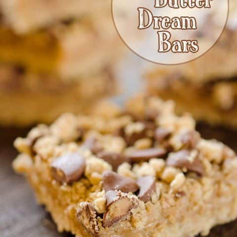Peanut Butter & Chocolate Dream Bars - A rich dessert loaded with creamy peanut butter and topped with a chocolate and oatmeal crumble for an easy and decadent bar that will disappear in no time! #PeanutButter #Bars #Dessert #Sweet