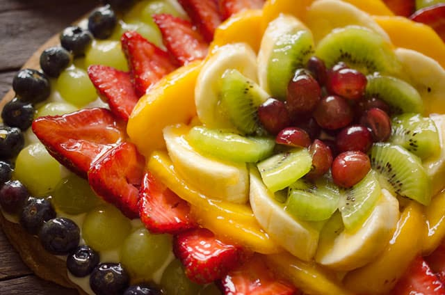 Fruit Pizza + KitchenAid GIVEAWAY!