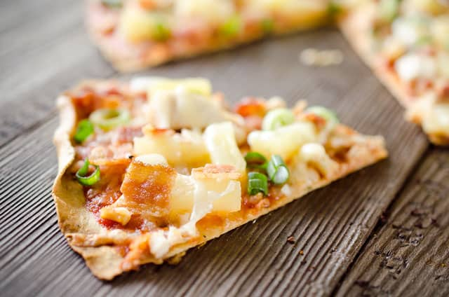 Light Pineapple, Chicken & Bacon Pizza