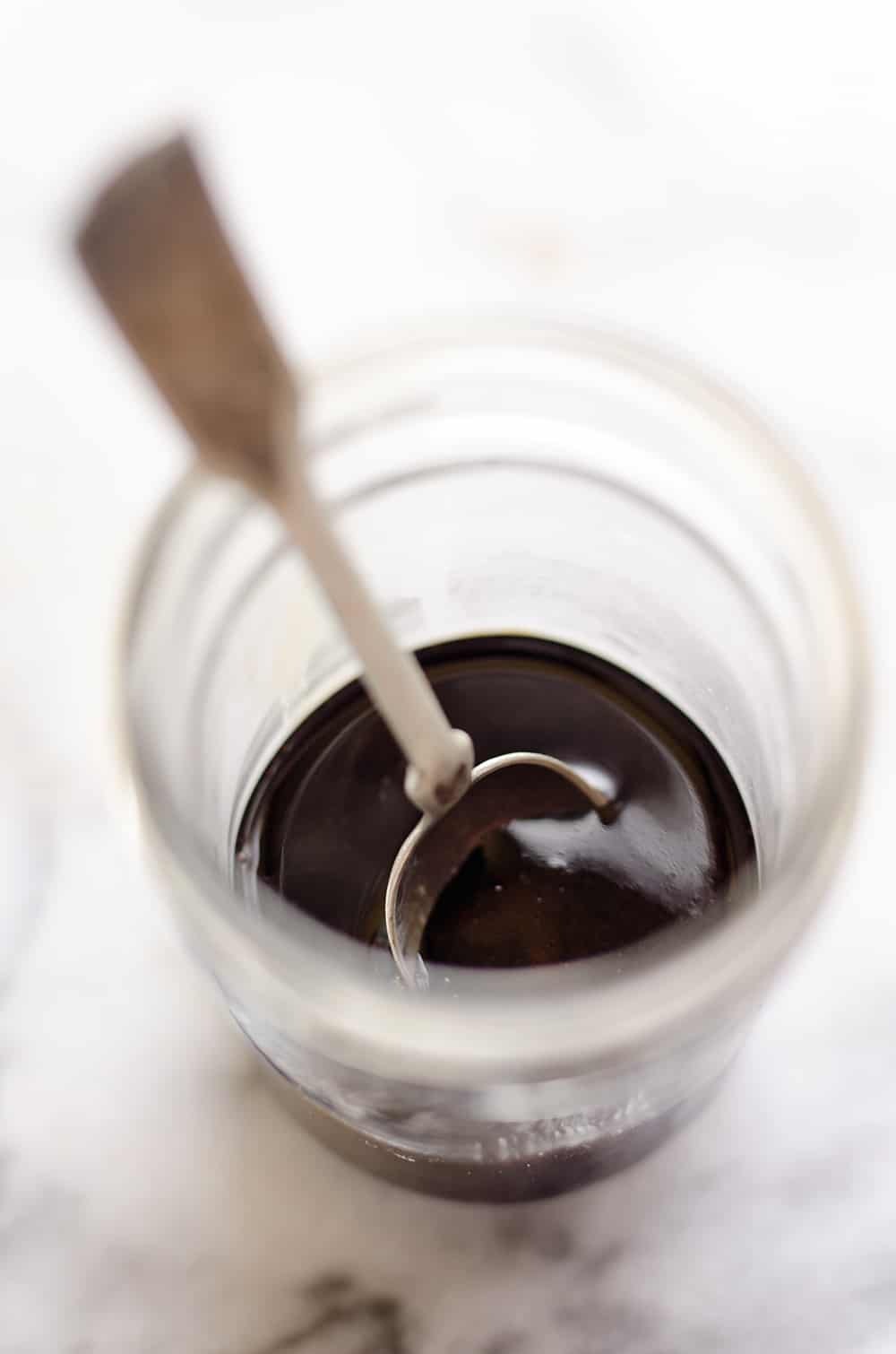 Everyone needs a great Balsamic Reduction Recipe in their repertoire! Whether you want to add a great glaze to meat or dress up a salad with something special, balsamic reduction is a sweet and tangy sauce that adds amazing flavor to any dish.