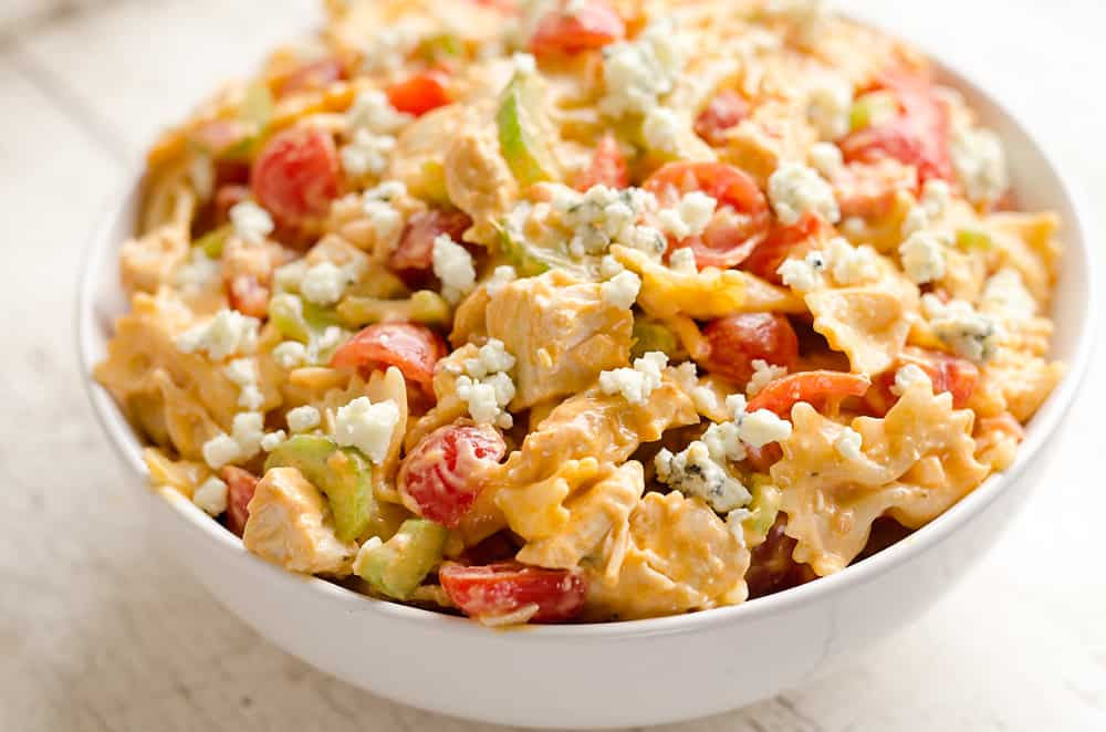 Buffalo-Ranch-Chicken-Pasta-Salad---The-Creative-Bite-1-copy
