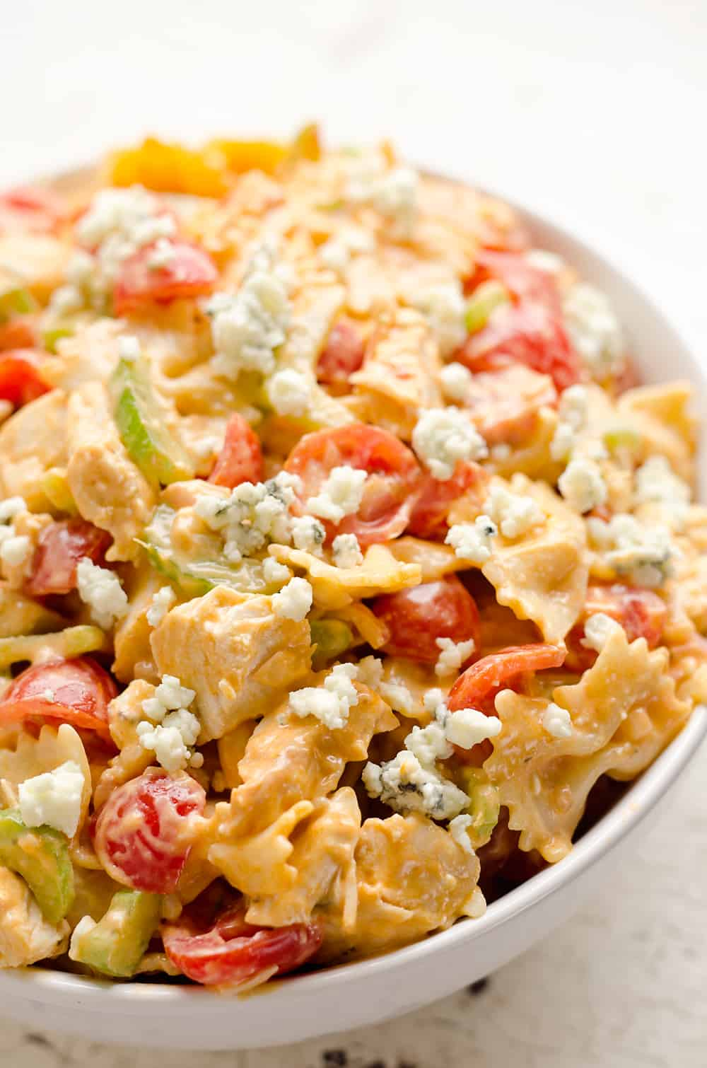 Buffalo-Ranch-Chicken-Pasta-Salad---The-Creative-Bite-2-copy