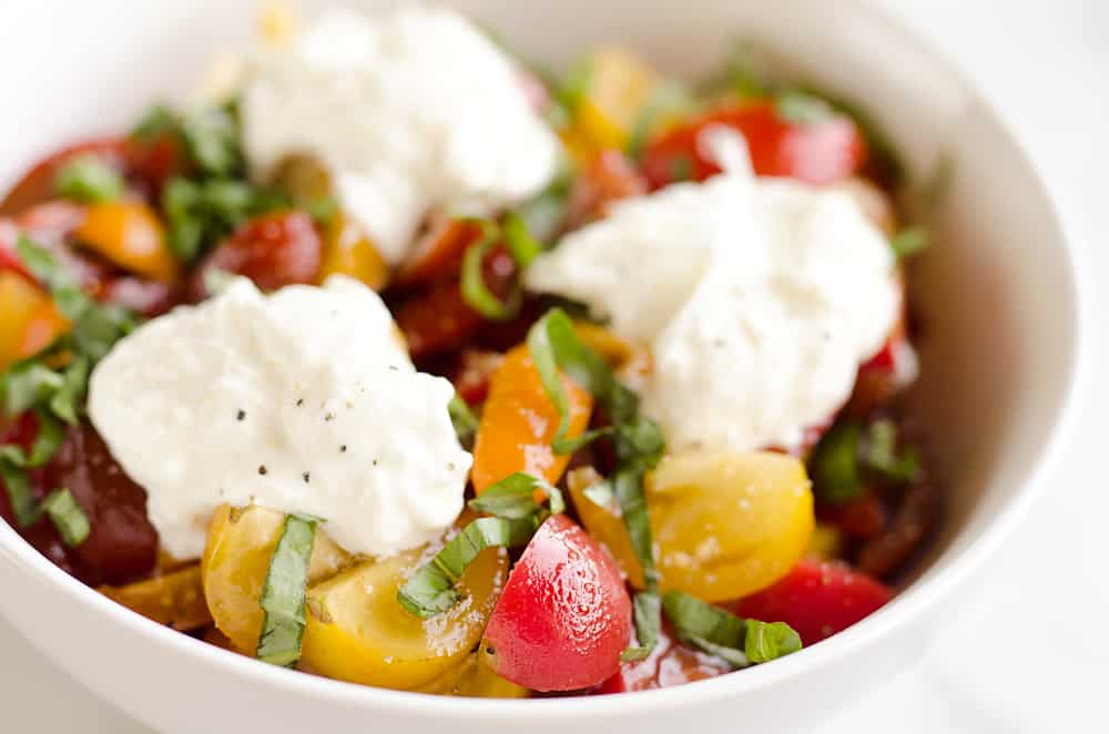 Fresh Tomato Basil & Burrata Salad is a healthy and delicious salad made with simple ingredients for a side dish that pairs well with just about everything!