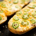 Jalapeño Popper Cheesy Bread serving