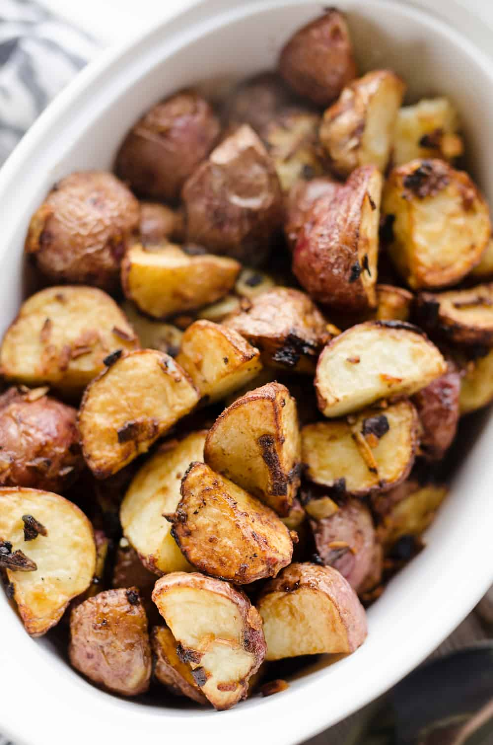Airfryer Crispy Roasted Onion Potatoes close up