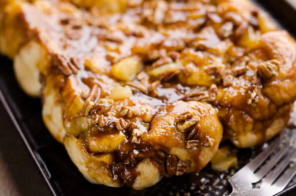Caramel Apple Pecan Monkey Bread