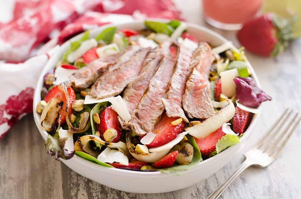 Grilled Steak Strawberry Salad
