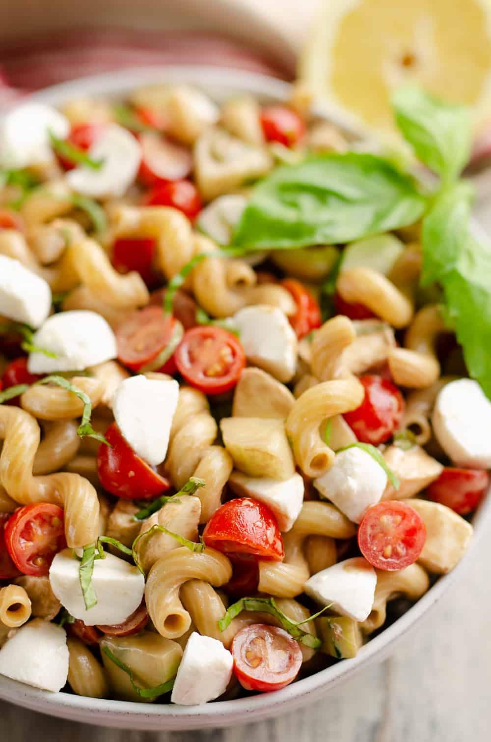 Balsamic Caprese Pasta Salad in serving bowl