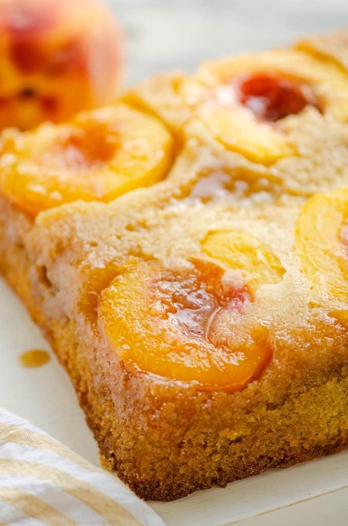 Peach Upside Down Cake with fresh peaches