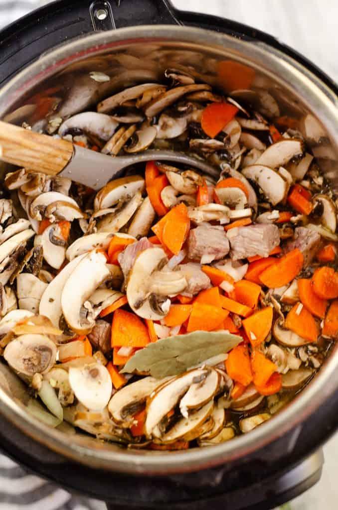 Creamy Mushroom Beef Soup in instant pot