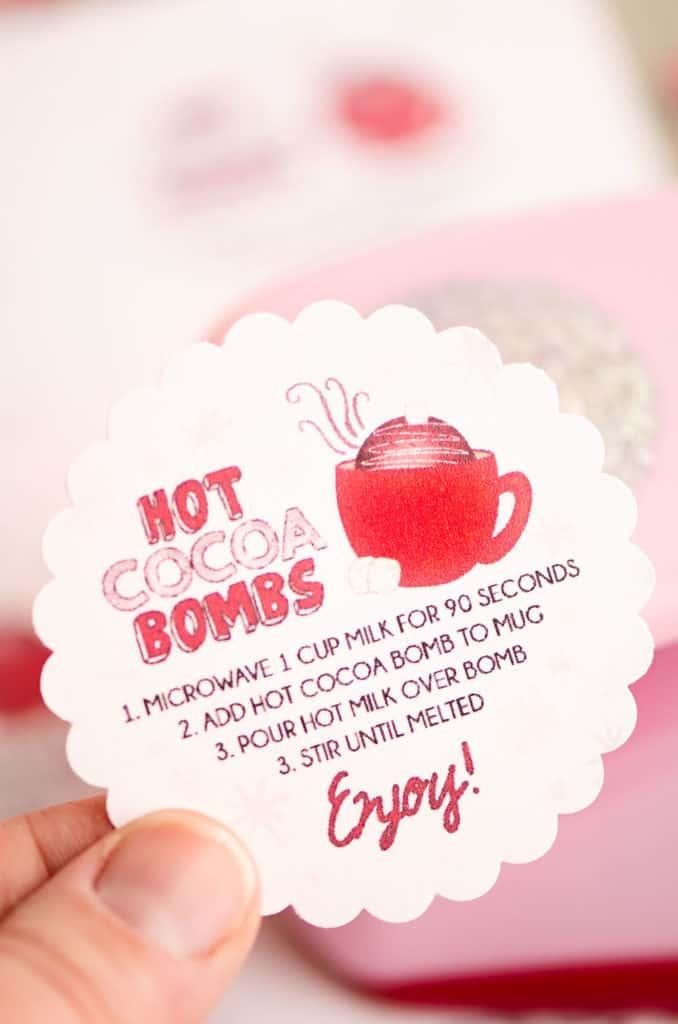 scalloped circle hot cocoa bomb label