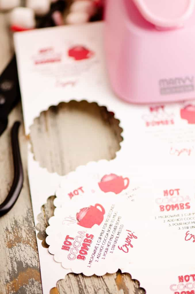 scalloped circle hot cocoa bomb labels punched out of cardstock