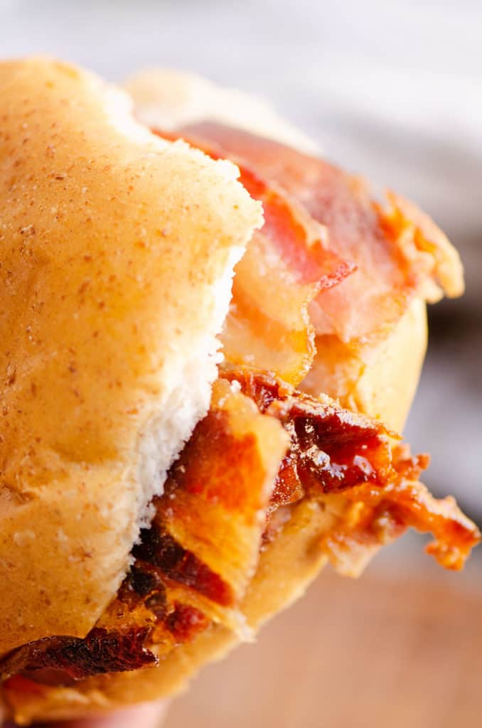 ham sandwich with candied bacon