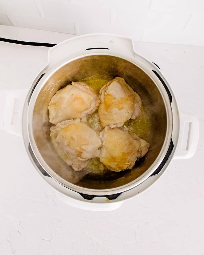 Chicken thighs in white instant pot