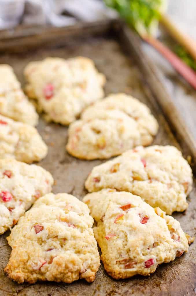rhubarb scones baked on cookie sheet