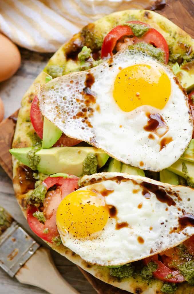 breakfast flatbread drizzled with balsamic glaze