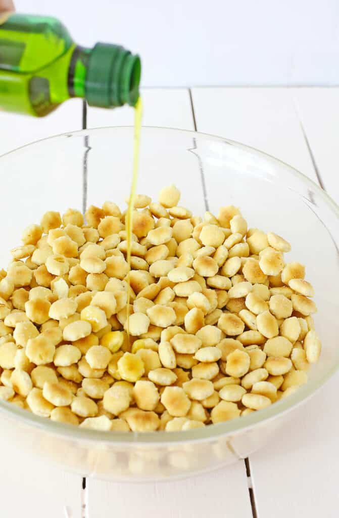 oyster crackers drizzled with olive oil