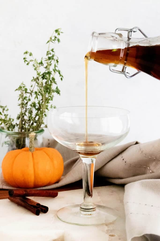 cinnamon brown sugar simple syrup pour in glass